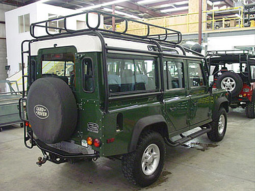 Coniston Green – Land Rover Defender Paint