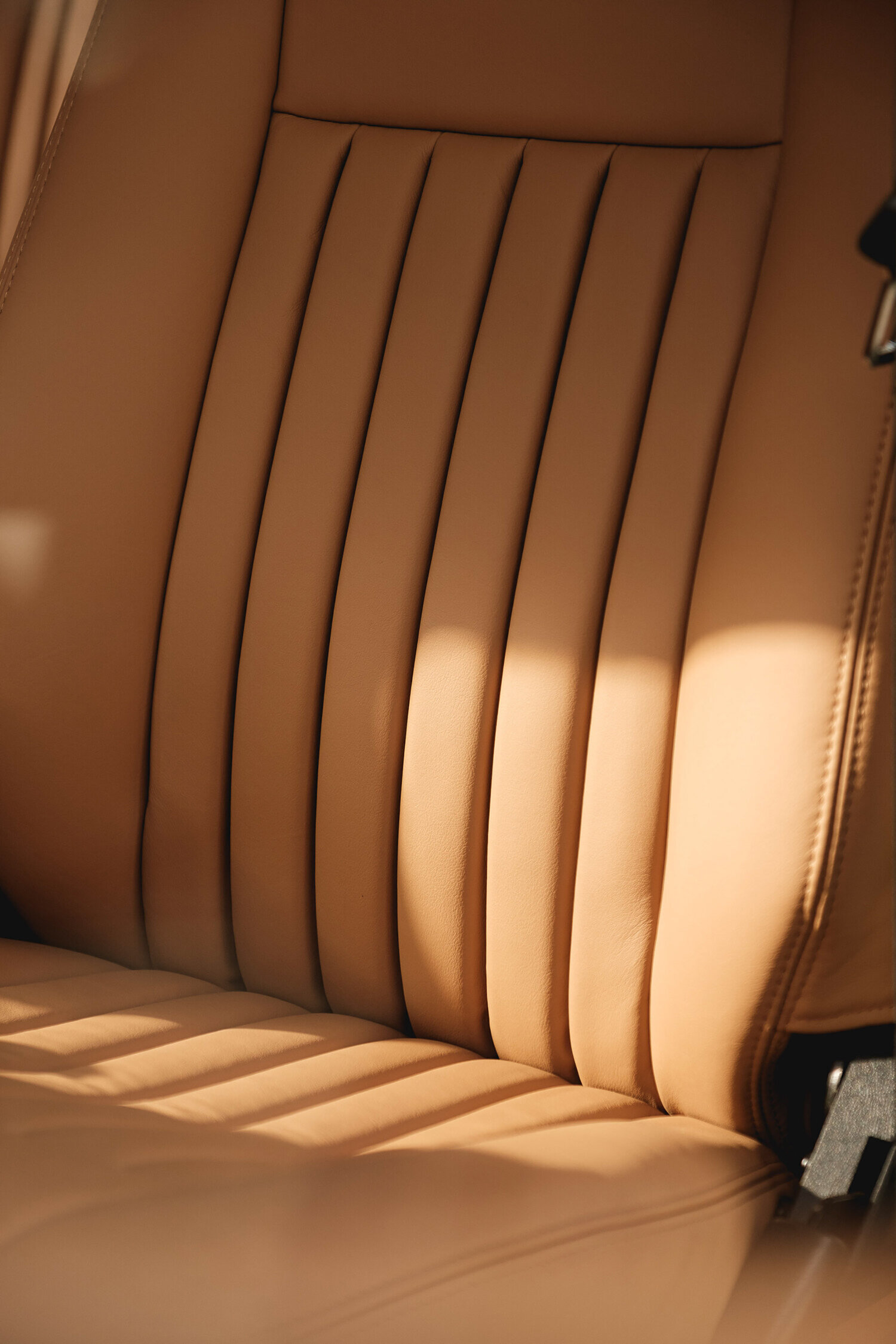 Cool n Vintage – Leather Fluted Seats