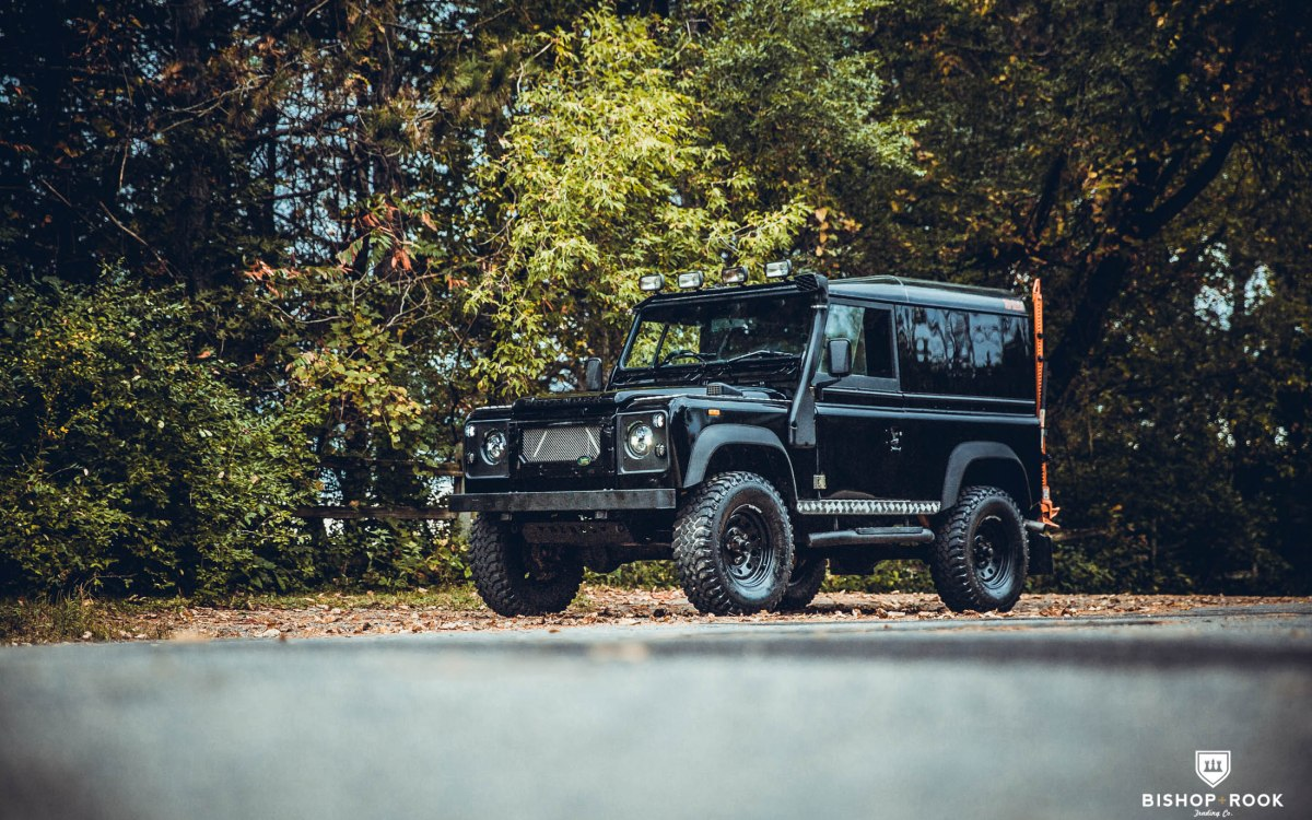 Rebel – Land Rover Defender 90 – Rebel – Bishop+Rook Trading Company