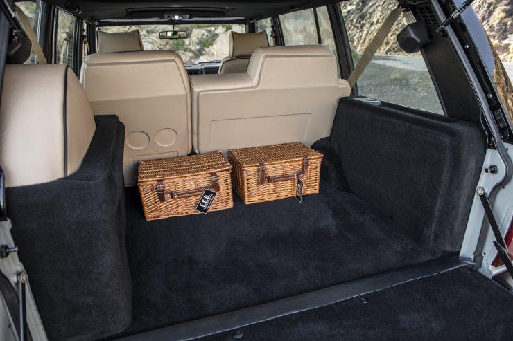 Custom Luxury Range Rover Interior 9