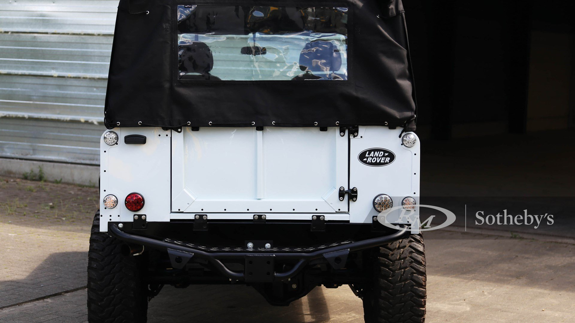 1992 Land Rover Defender – 110   Classic Driver Market