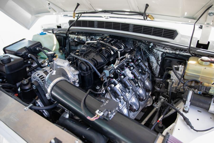 2200 working hours – ECD Range Rover Classic Long!